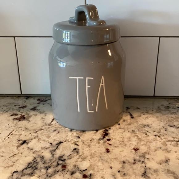 Tea Cani